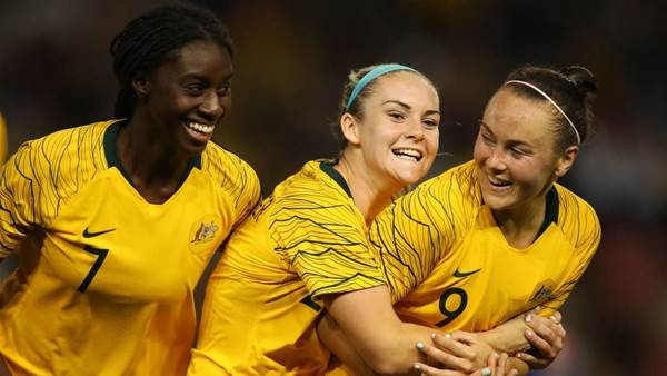 New Matildas, Socceroos deal retains 'gender equality' but W-League future uncertain