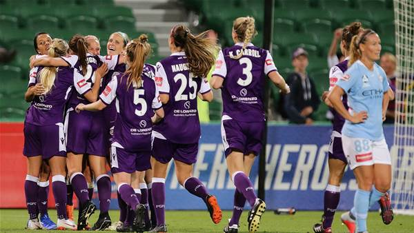 Perth maintain unbeaten start in seven goal thriller