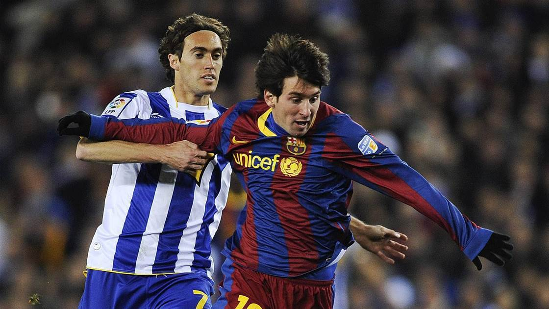 Melbourne Victory swoop for Spaniard Raul Baena