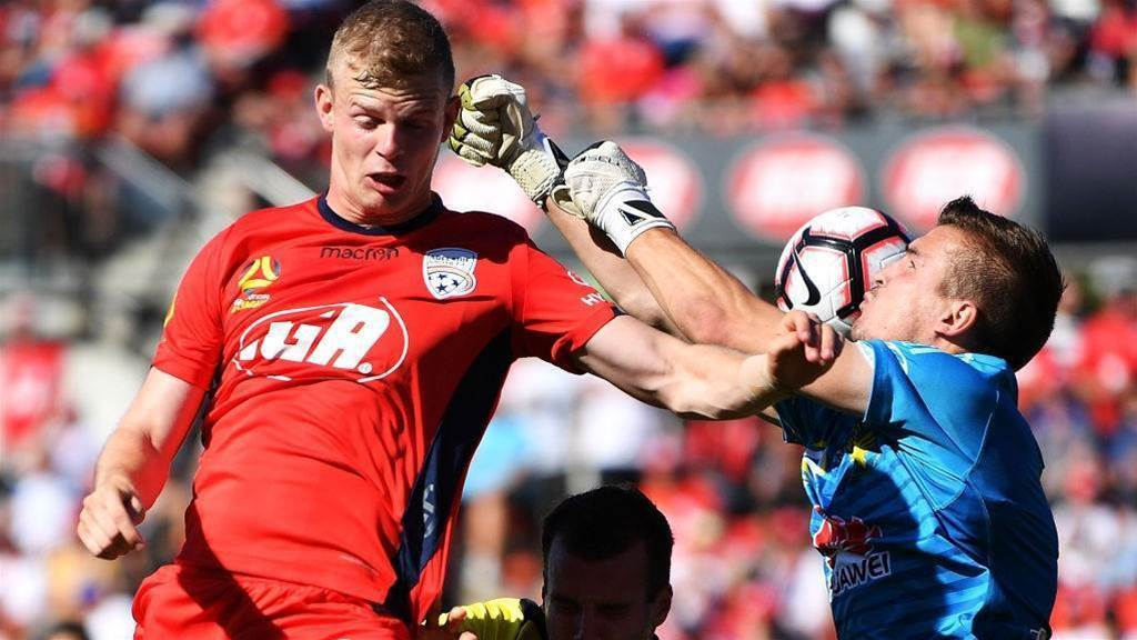 Adelaide vs Wellington reaction: 'The ref lost control of the game'
