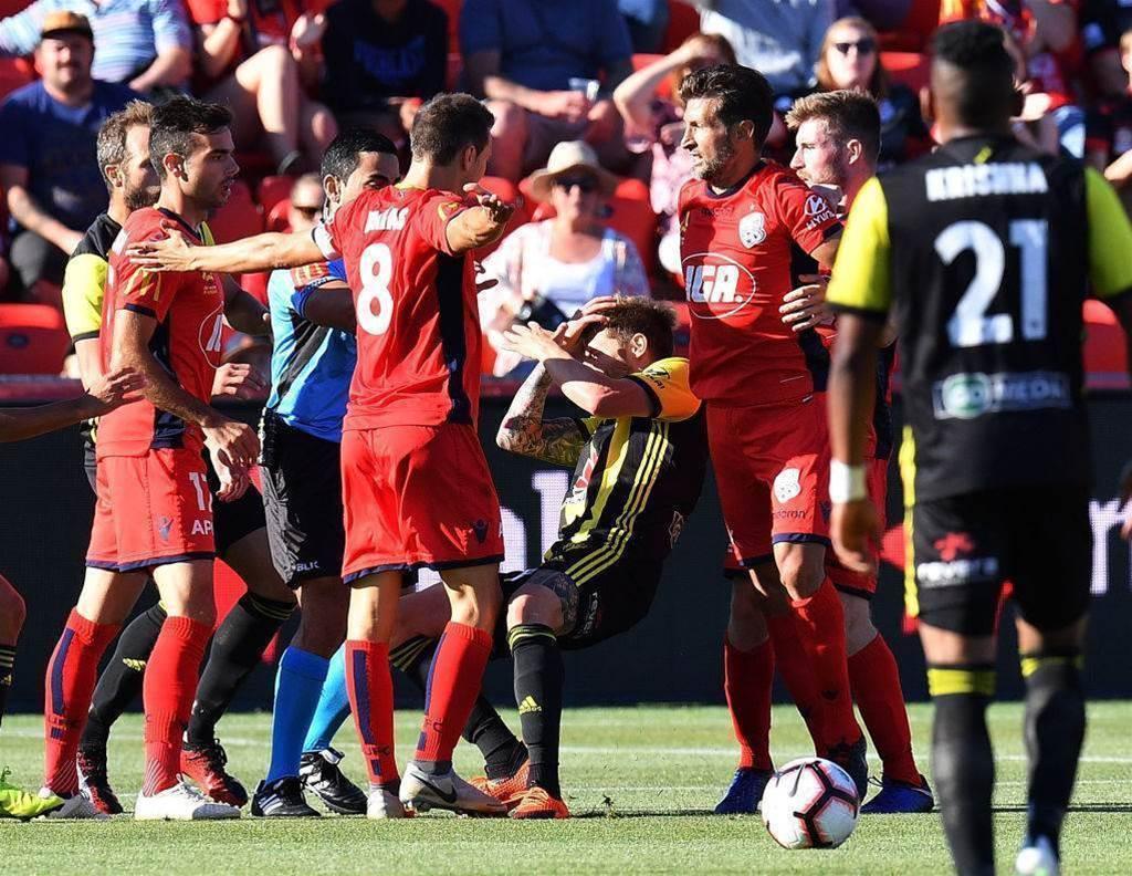 Adelaide United vs Wellington Phoenix player ratings