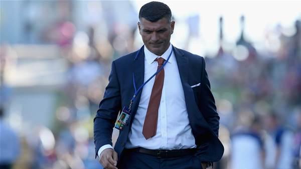 John Aloisi quits as Brisbane Roar coach