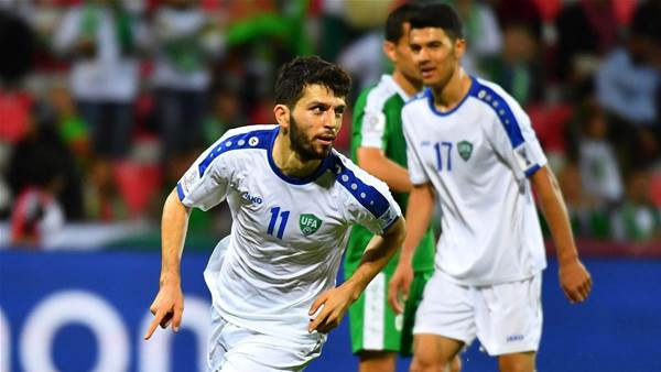 Uzbek win lines up Japan to face Australia
