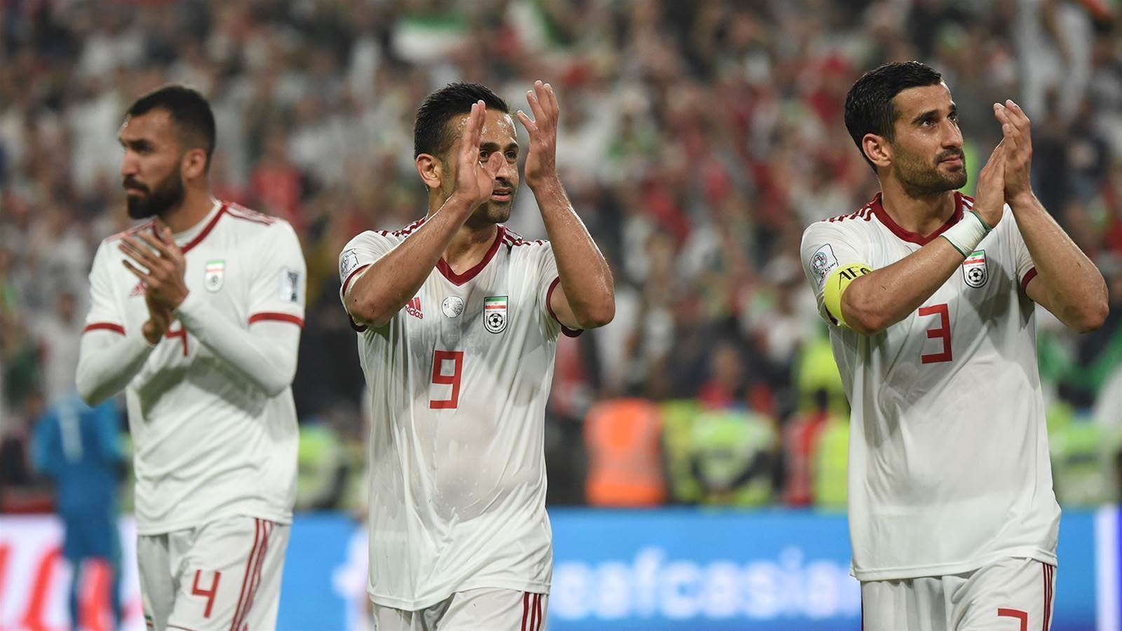 Iran smash past China into semis