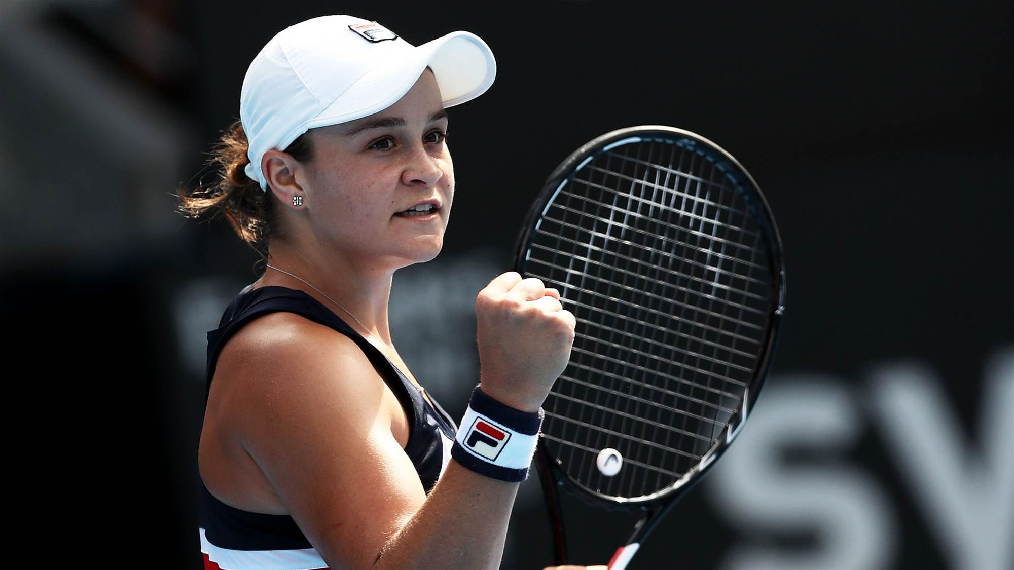 Barty takes down world no.1