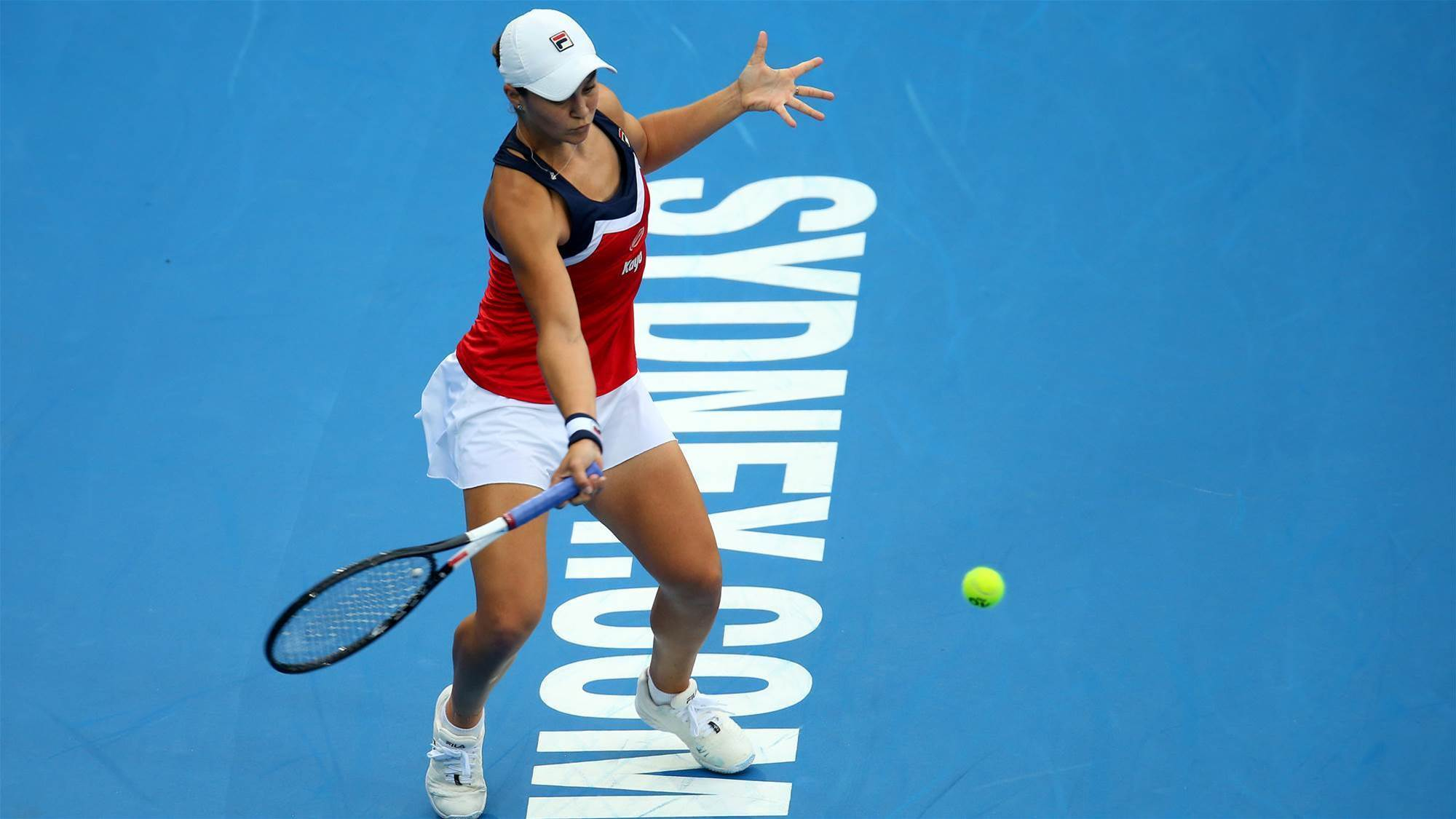 Barty continues dream Sydney run