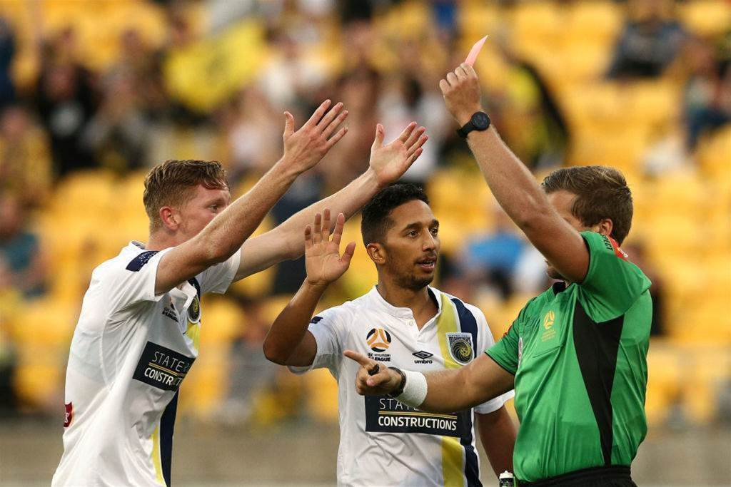 'The football gods hate us': Mariners shoot themselves again
