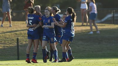 Jets dent Glory's title hopes