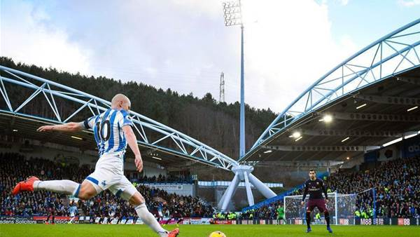Mooy stars, Ryan slumps, Socceroos suffer in England
