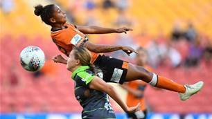 Roar dash Canberra's finals hopes