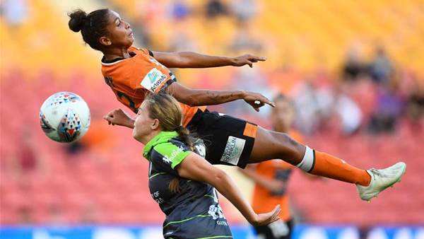 Roar dash Canberra's finals hopes