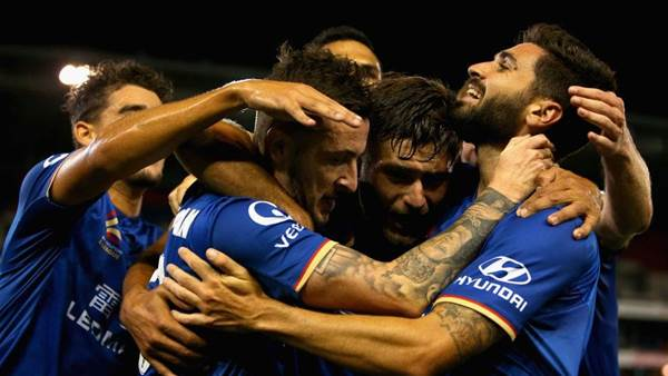A-League's Newcastle Jets at risk of collapse