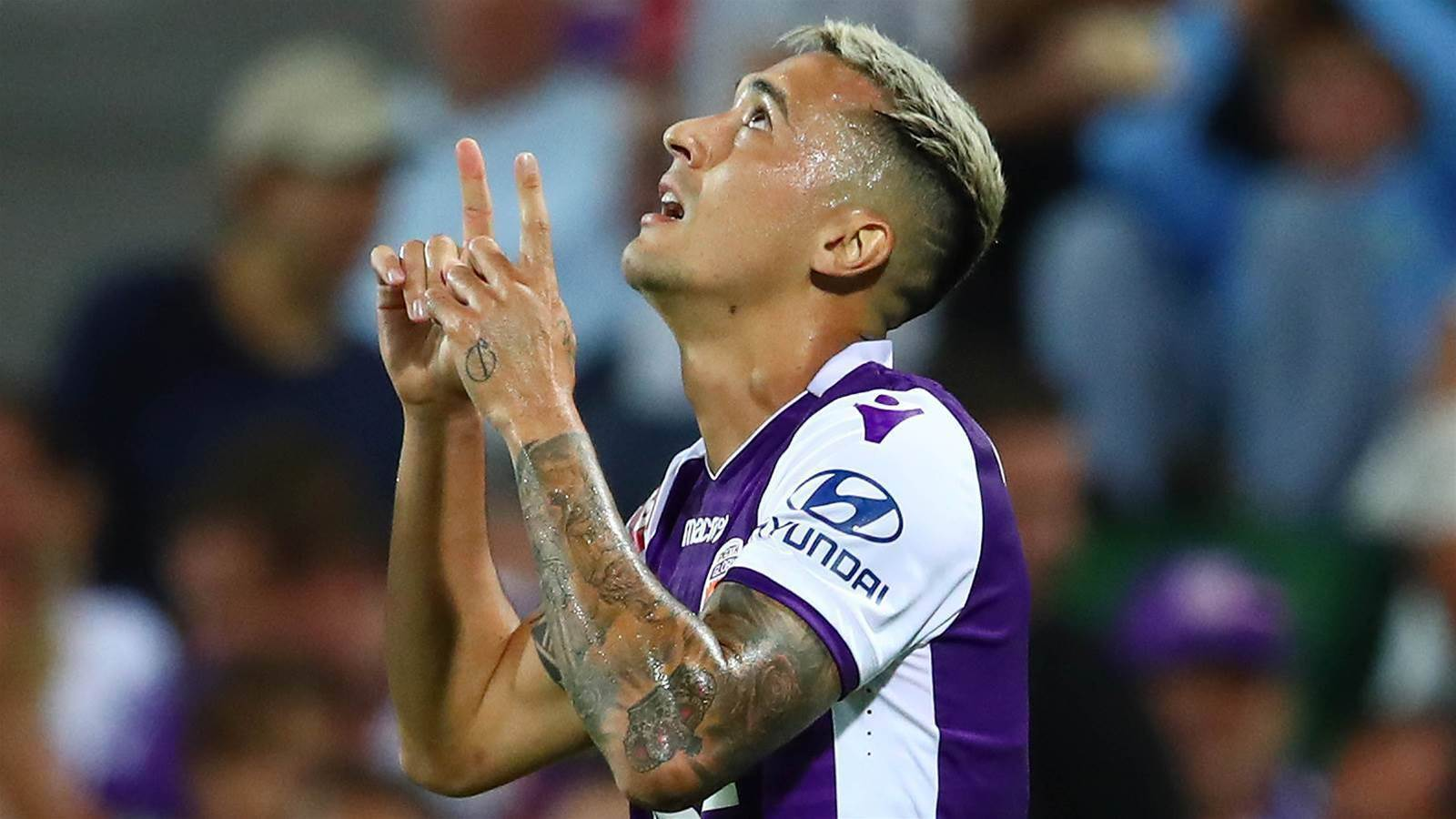 Glory defy new boys to hold onto Jason Davidson