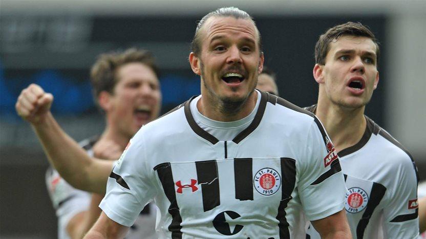'Meier star heads for Wanderers'