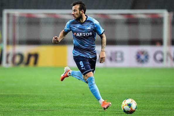 Ex-EPL striker Le Fondre stars for A-League club in China