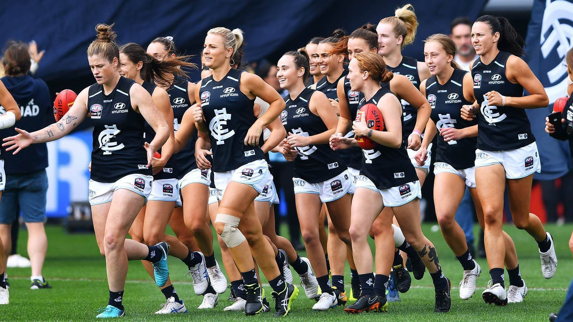 Carlton re-sign 21 players for 2020