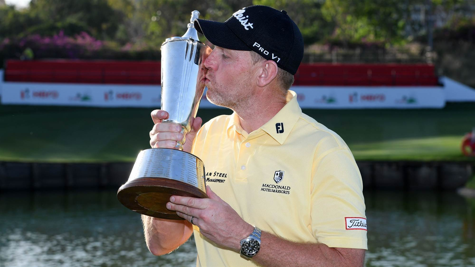 Gallacher survives roller-coaster round to win Indian Open
