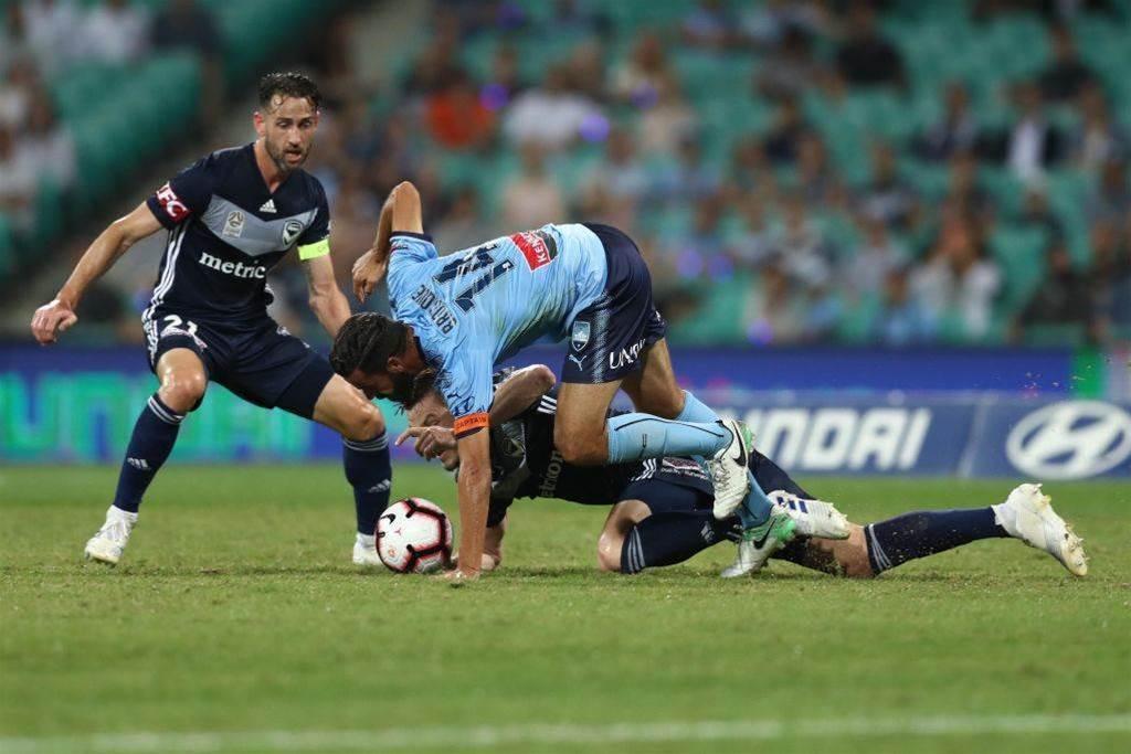 'Players will no longer play': Ex Socceroos, Victory, PFA slam SCG pitch