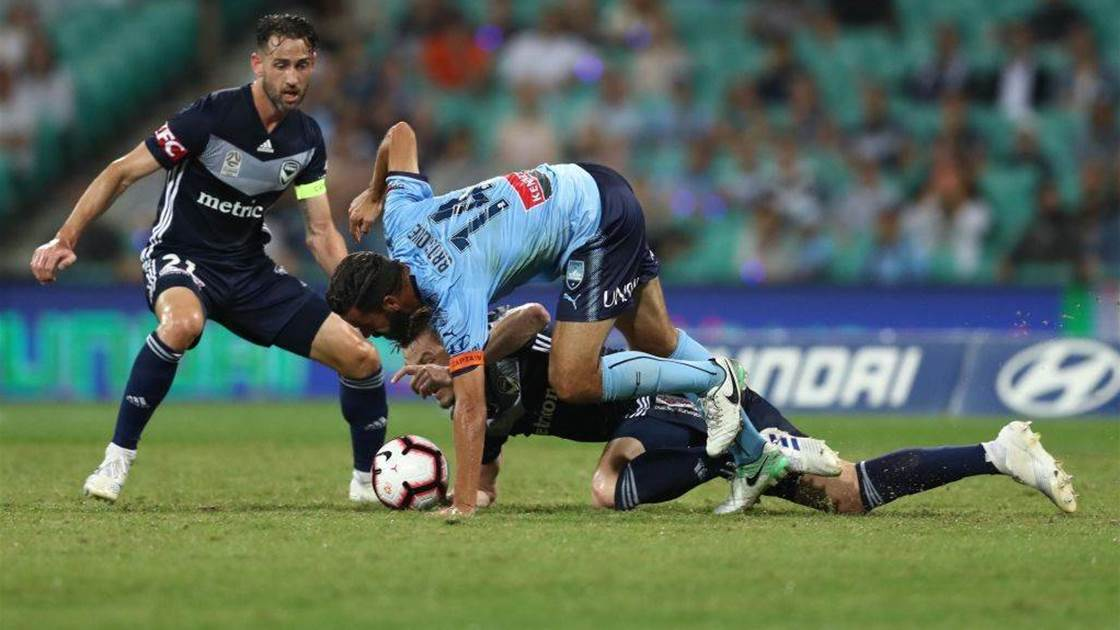 'Players will no longer play': Ex Socceroos, Victory, PFA slam SCG pitch