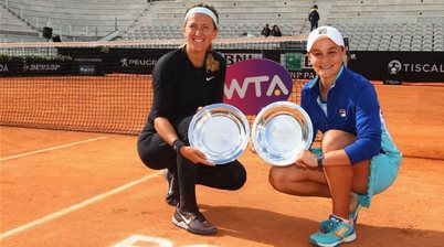 Back to doubles! Barty & all-time great set-up Aussie showdown