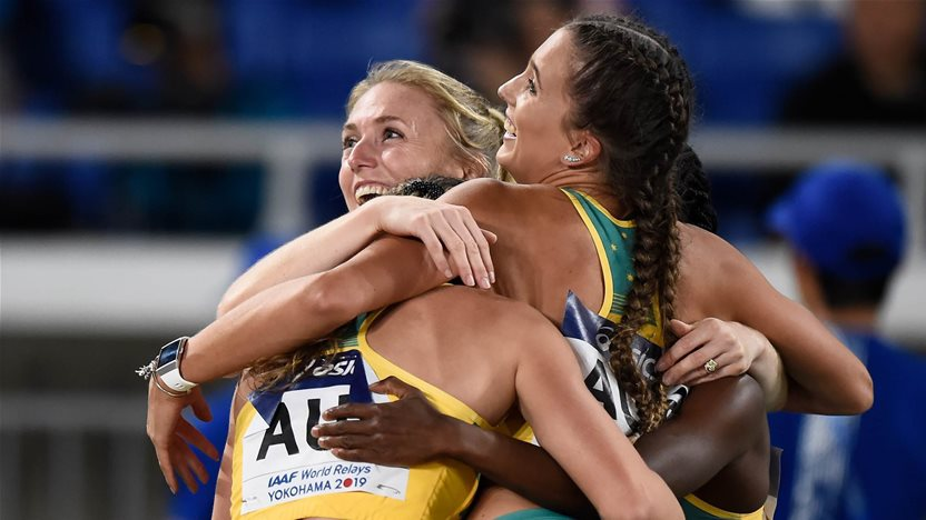 Australian women set fastest time in 4x100m since 2000