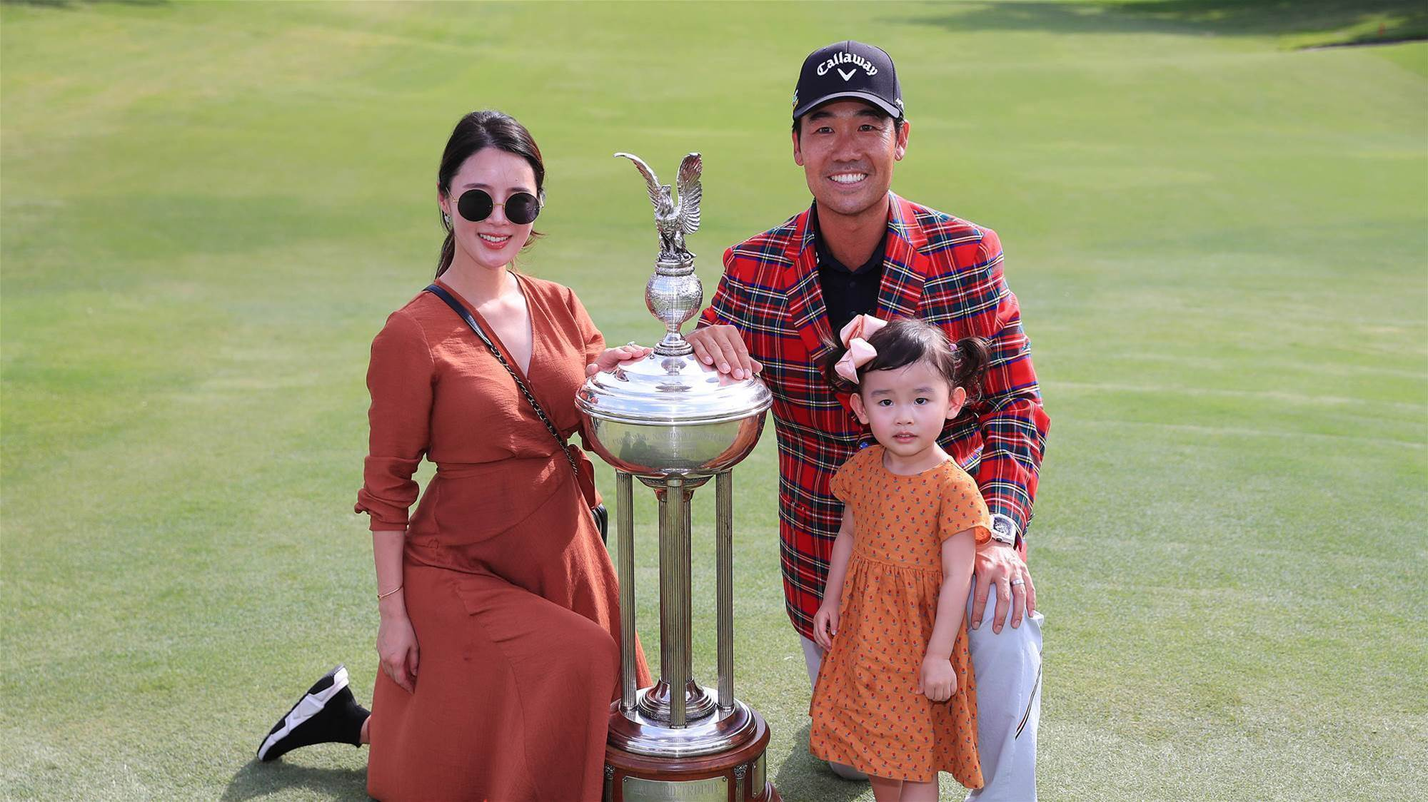 Kevin Na cruises to victory at Colonial