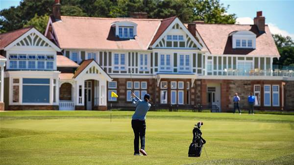 Muirfield invites women to join for first time