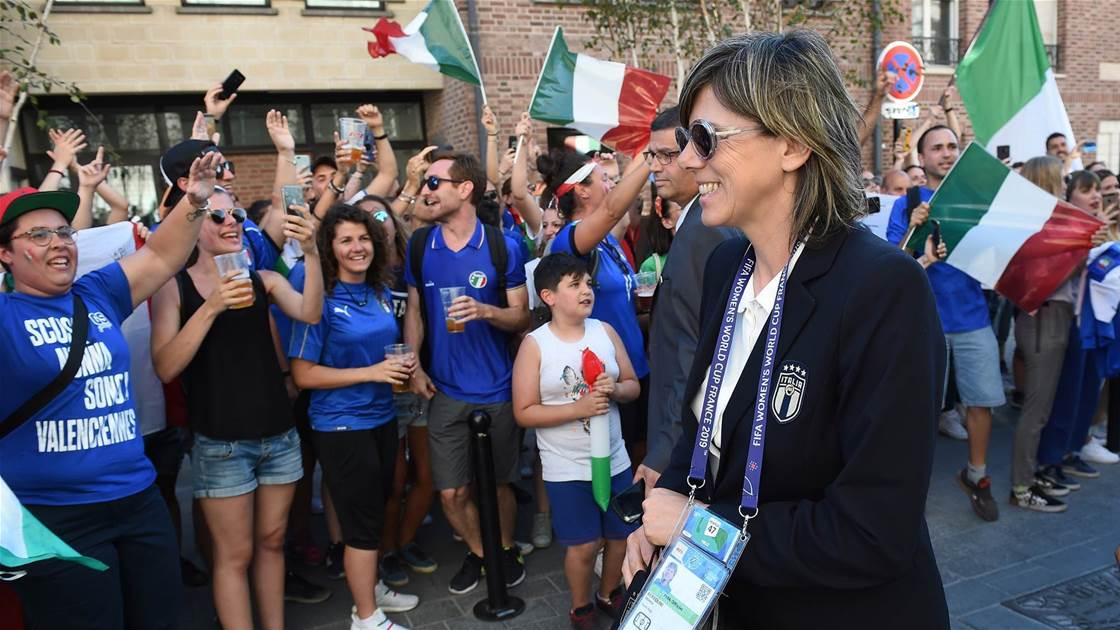 Italy coach calls for greater change