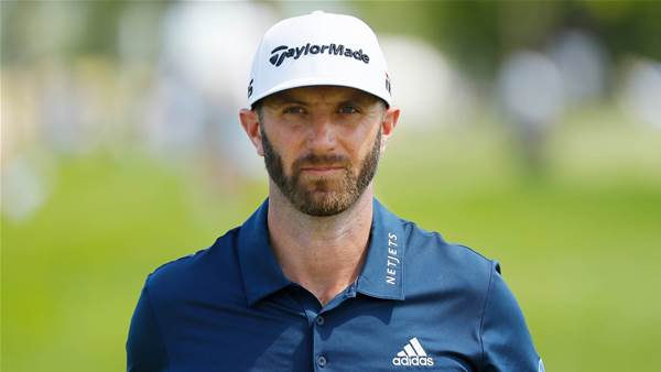 Dustin Johnson has knee surgery