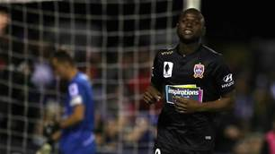 Panamanian World Cup star to debut for Jets in derby