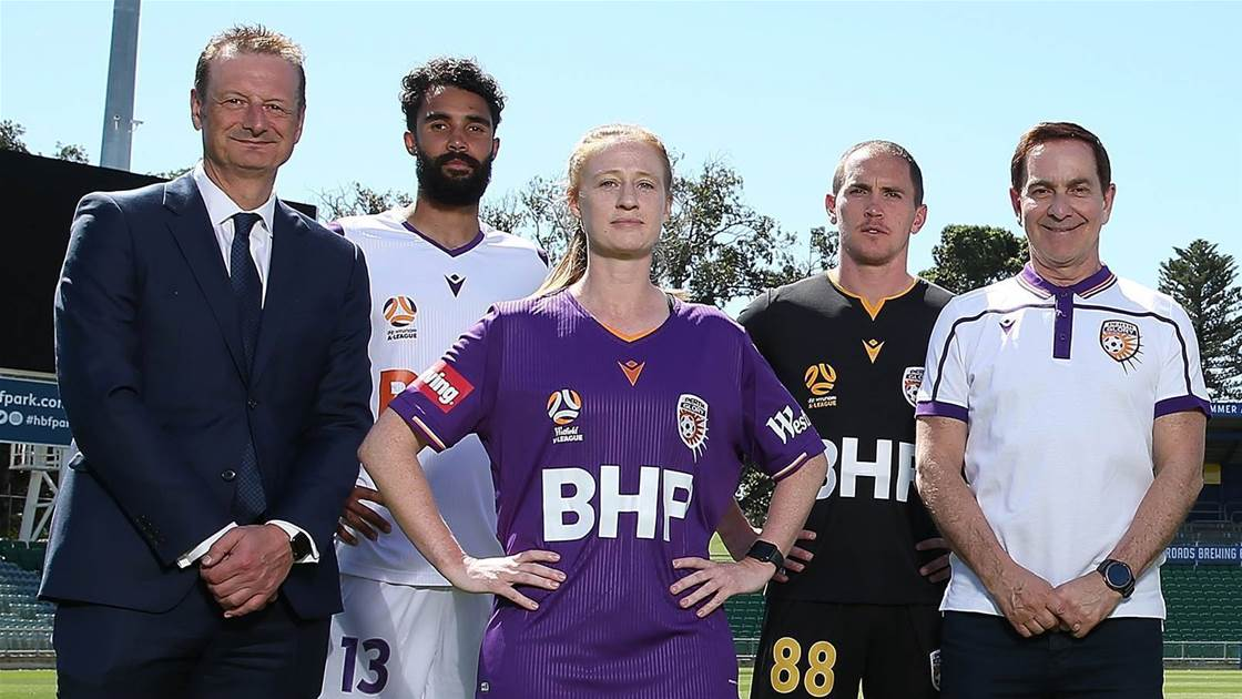 Glory in talks to sell off stake