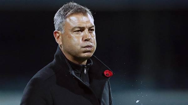 United embrace underdog tag against Sydney