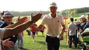 Li leads WGC-HSBC Champions