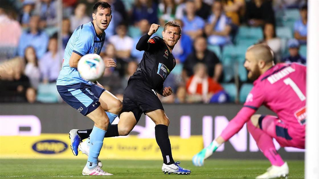 Winless Jets out to ruffle stumbling Perth