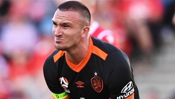 Adelaide grab late winner against Roar