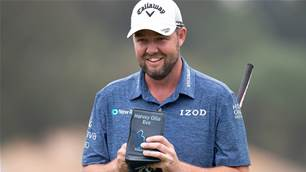 Leishman six back but still in Aussie Open hunt