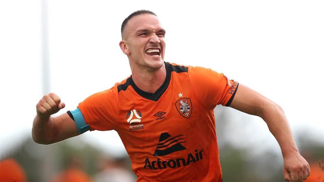 Roar win thriller, Fowler's first A-L win