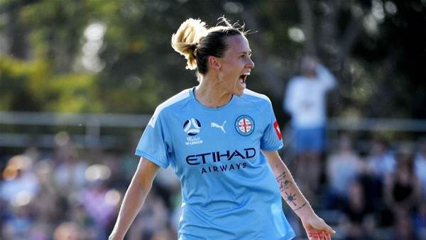 Van Egmond happy to juggle W-League, NWSL