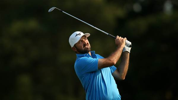 PGA Tour: Gibson & Smith hot on leaders' heels