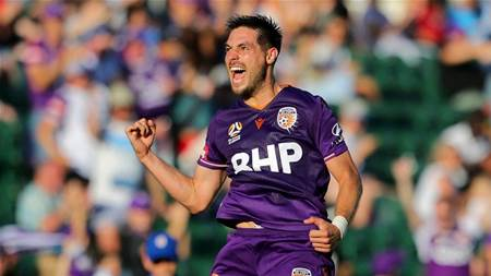 Confirmed: A-League star Castro stays in Perth, Fornaroli expected