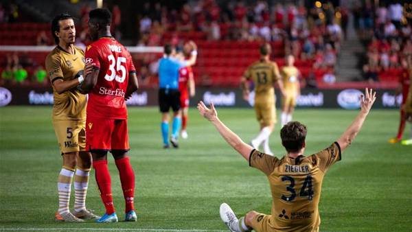 Verbeek: 'Sometimes football isn't honest'