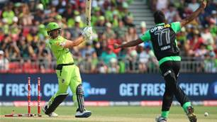 BBL Round-Up: Stars make hard work of win while Sixers win again