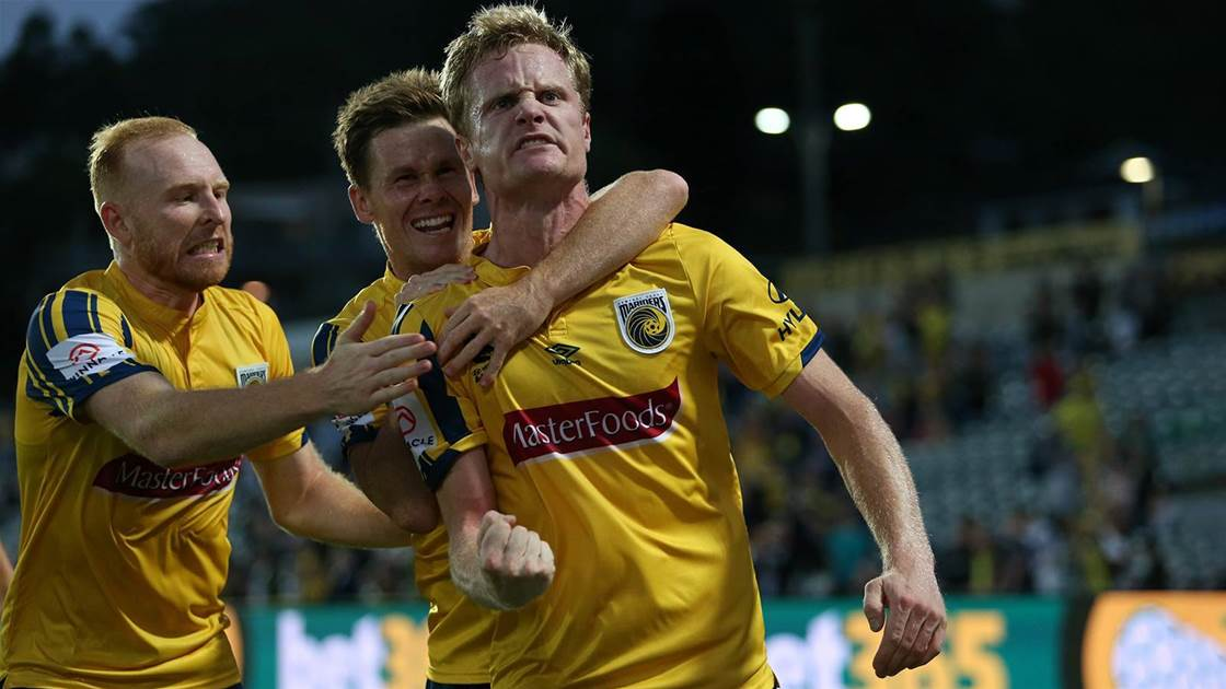 Mariners' dramatic late A-League win