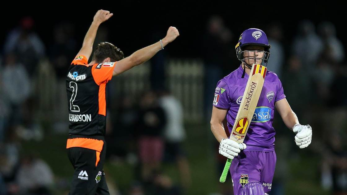 Hurricanes Blown Away by Red Hot Scorchers