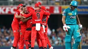 Melbourne Renegades benefit from Brisbane Heat batting implosion