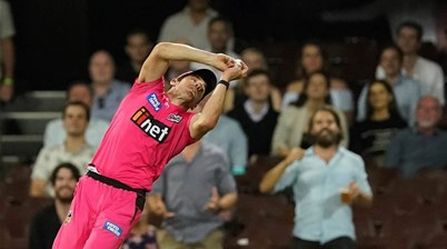 Sixers See Off Stars in Sydney