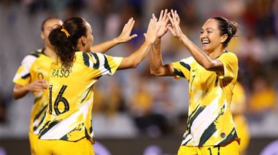 Simon's 'new lease on playing' creates problems for new Matildas coach