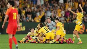 'Hopefully this goes in': Watch the Matildas' incredible last minute equaliser