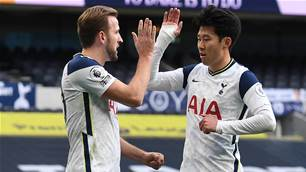 London rivals Gunners, Spurs fire in EPL