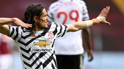 Man Utd win to extend EPL title challenge